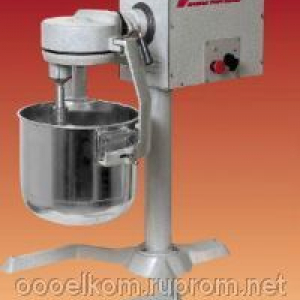 Универсальная кухонная машина Укм-07 (мясорубка, взбивалка с 1 бачком на 25л., просеиватель, подставка)