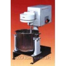Машина для взбивания и перемешивания Укм-14 (Мв-25) машина для взбивания и перемешивания (с 2-мя бачками)