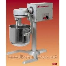 Универсальная кухонная машина Укм-07-01 (взбивалка с бачком, подставка)